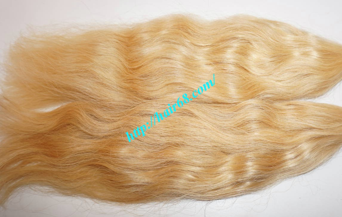 30 Inch Blonde Wavy Remy Hair Extensions